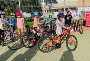 Kdo jezdí na kole, nezlobí