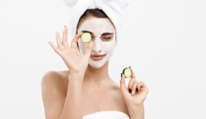 Levandule, tvaroh nebo okurka? Vyrobte si domácí pleťovou masku