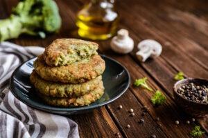 Brokolicovo – sýrové placičky podle low – carb