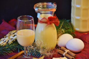 Recept na domácí vaječný likér: s alkoholem i bez
