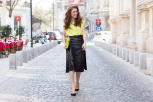 Trendy z přehlídek: Na jaře se oblékněte do neonových barev