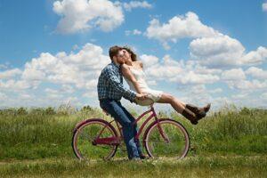 """Vztah s cizincem: dobrodružství, které má svá """"ale"""""""