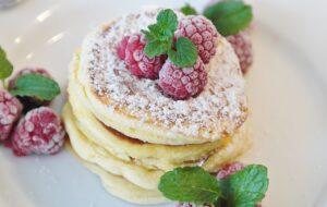Rychlá snídaně nebo svačinka: ochutnejte tvarohové lívance