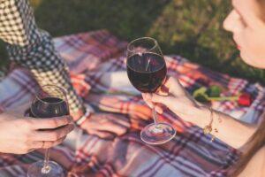 Jak strávit krásné letní dny? Vyrazte s rodinou na piknik