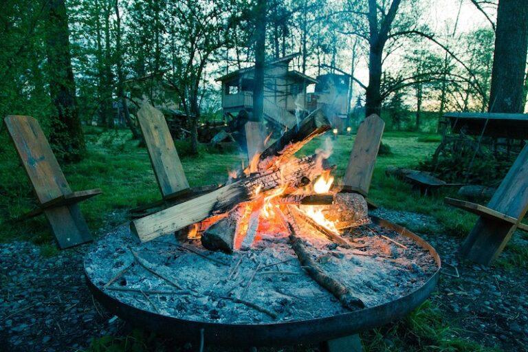 Pálení čarodějnic se blíží. Jaké dobroty připravit na ohni?